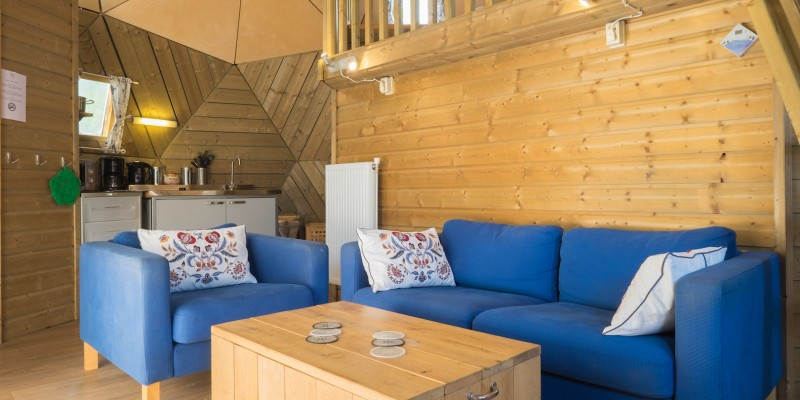 camping+t+weergors-houten+iglo.jpg